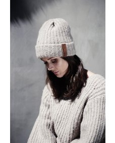 Moscow design FW19 63.04 beanie muts sand
